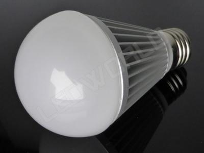 Ampoule LED E27 - Grande sphère - 9W - Blanc chaud